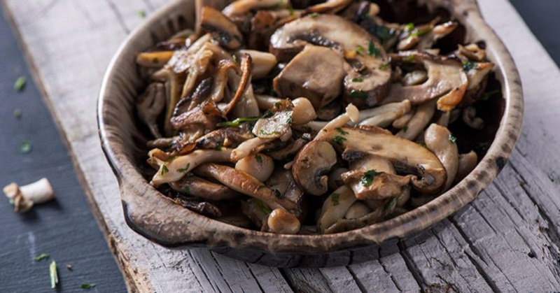 Eating Mushrooms May Dramatically Cut Risk of Cognitive ...
